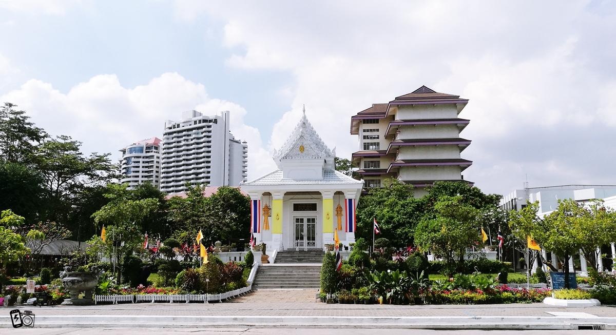 วัดพระราม ๙ กาญจนาภิเษก Wat Phra Ram 9 Kanchanaphisek