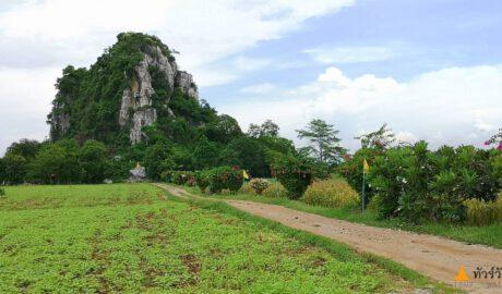 สำนักสงฆ์ถ้ำเขานกพิราบ Tham Khao Nok Phirap Monastic Residence